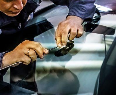 Любые виды ремонта автостекол в сервисных центрах «МВО Автостекло»