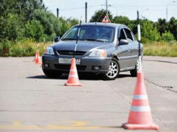 уроки вождения на автомате