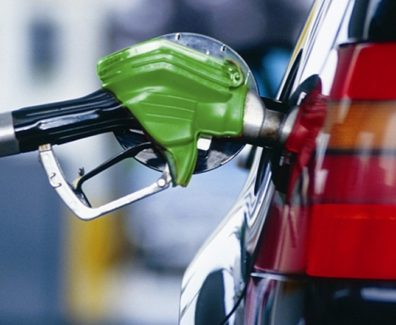 8 действенных правил, которые помогут снизить расход топлива